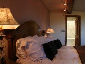 en-suite-from-bedroom