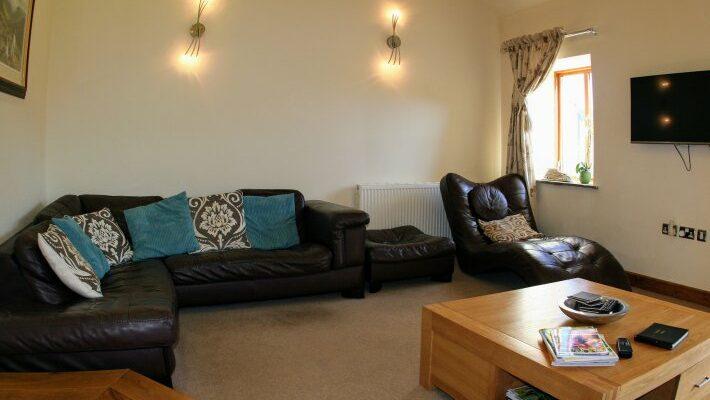 lounge-living-room