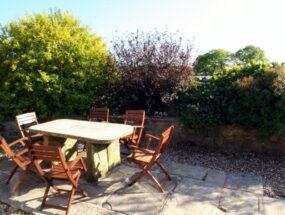 private-patio-garden_0